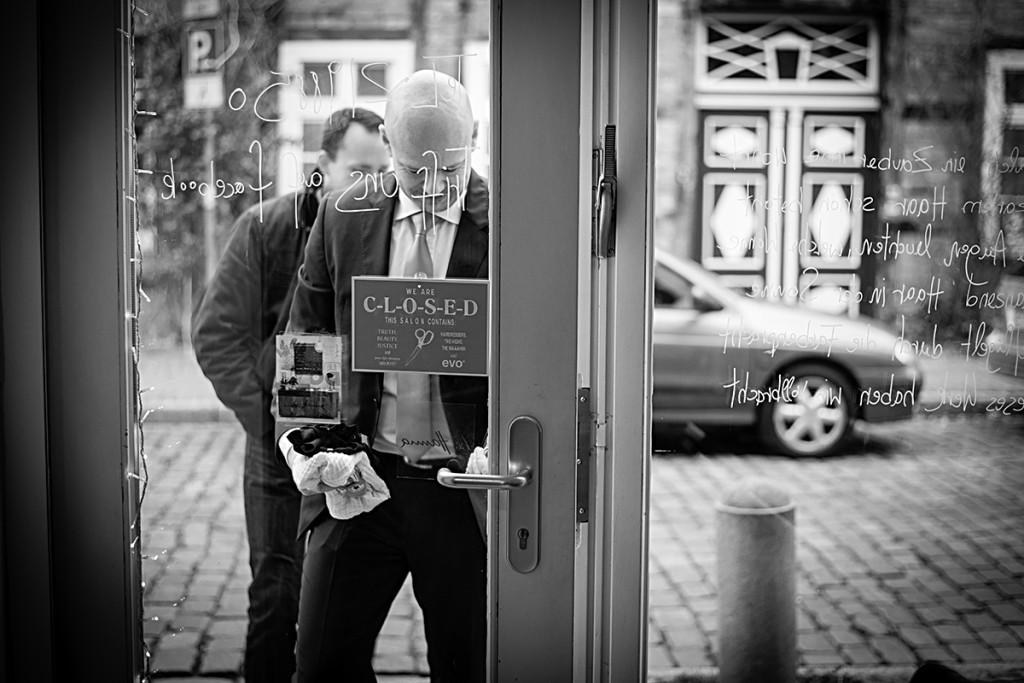Hochzeitsfotograf Berlin Lueneburg Brautstyling bei Hanna